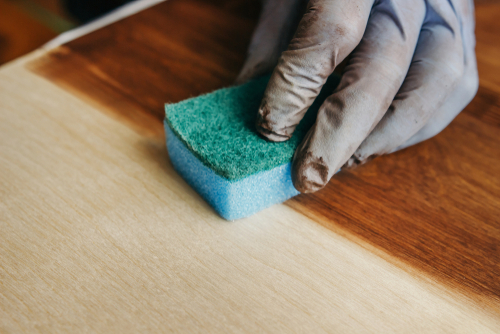How To Remove Paint Stains On Laminate Flooring?